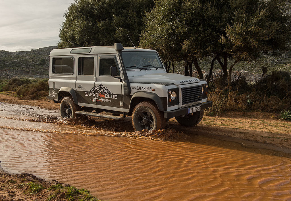 LAND ROVER SAFARI 1