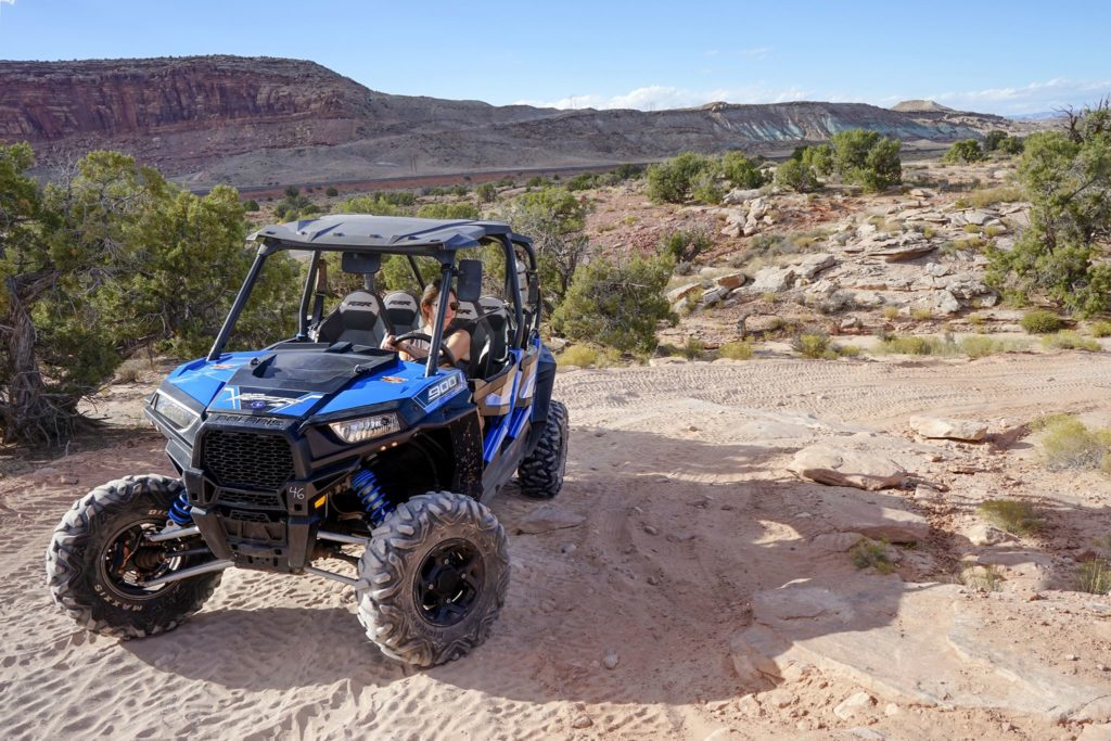 WOMAN 4SEATER RZR